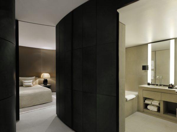 Armani Hotel Dubai Armani Fountain Suite With Balcony