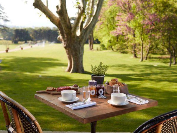 Domaine de Fontenille Breakfast