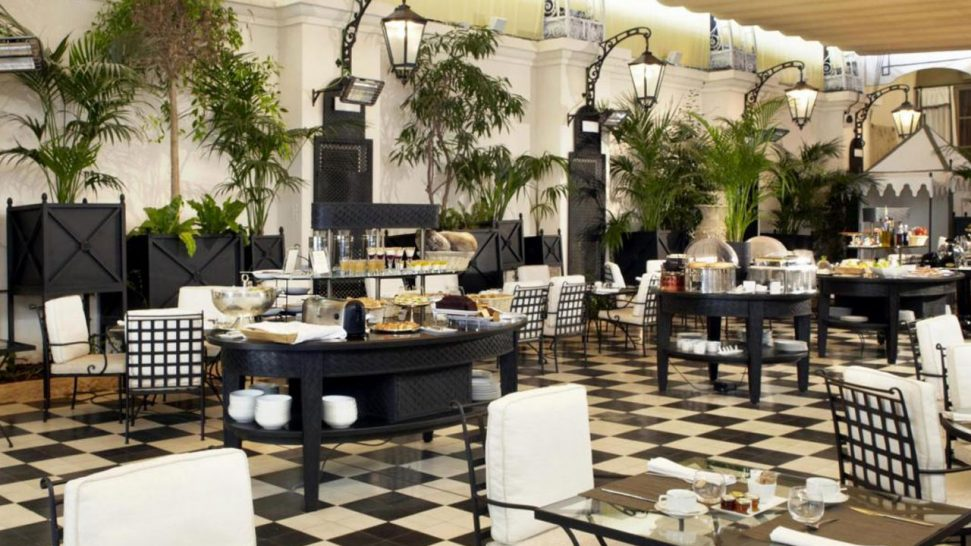 El Palace Barcelona Breakfast garden
