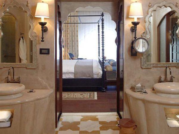 Fairmont Jaipur Bathroom