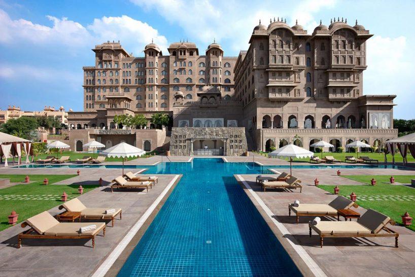 Fairmont Jaipur outdoor Pool