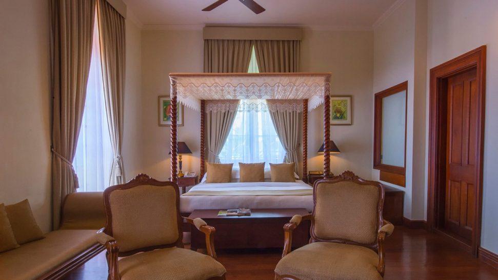 Galle Face Hotel Oceanic Balcony Junior Suite