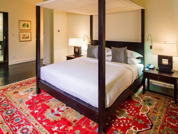 Galle Face Hotel Royal Thai Suite