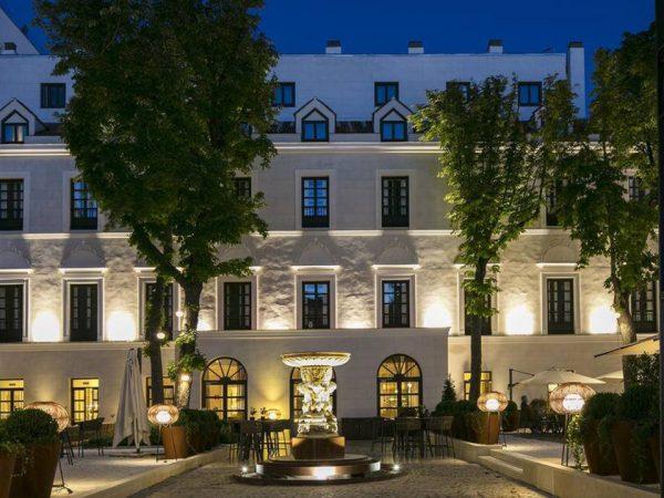 Gran Melia Palacio de los Duques Exterior