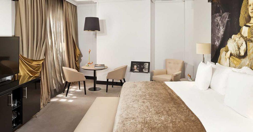 Gran Melia Palacio de los Duques Junior Suite With Terrace Red Level