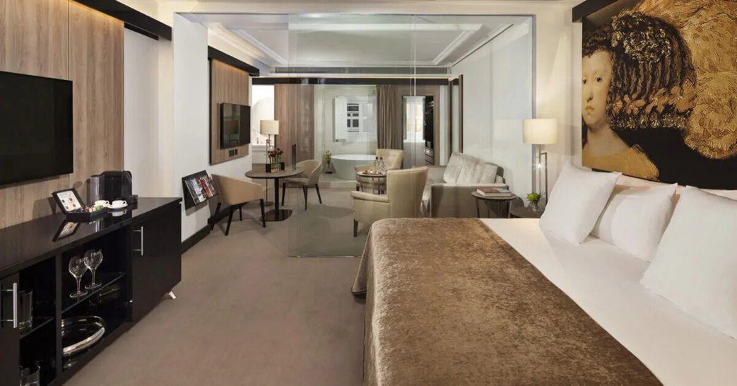 Gran Melia Palacio de los Duques One Bedroom Suite Red Level