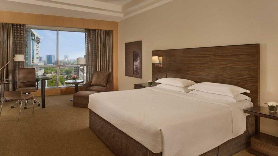 Grand Hyatt Mumbai 1 Queen Bed Courtyard View