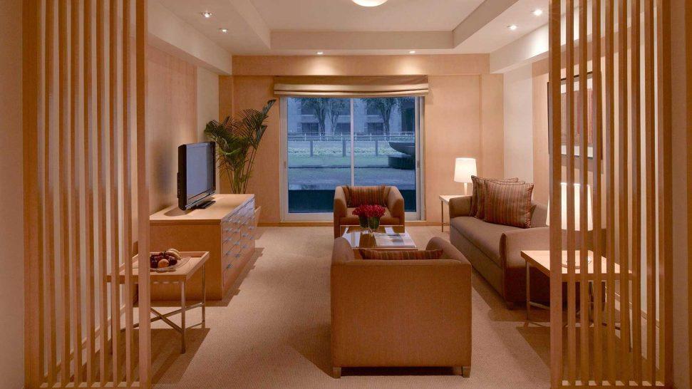 Grand Hyatt Mumbai Diplomatic Suite