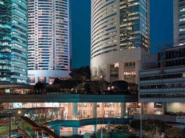 Island Shangri La Hong Kong Exterior View