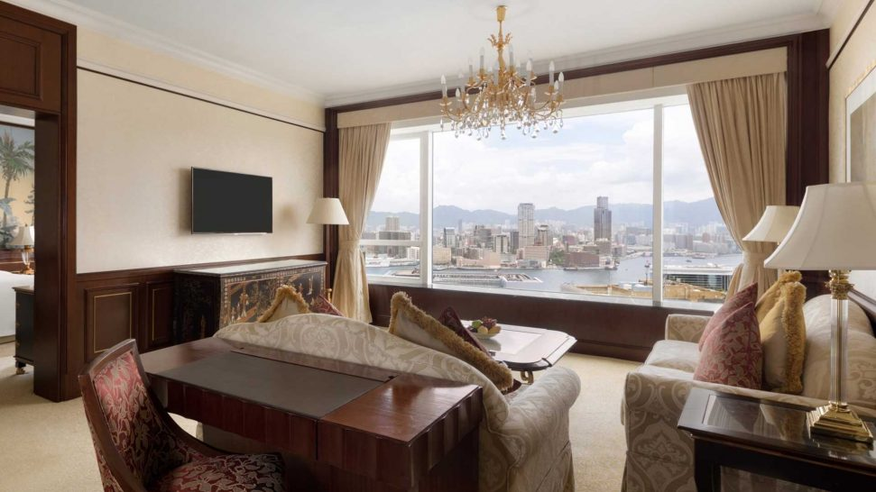 Island Shangri La Hong Kong Harbour View Suite