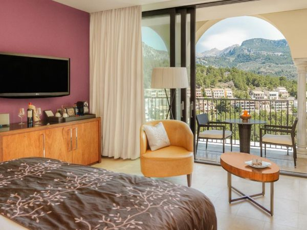 Jumeirah Port Soller Hotel and Spa Dulexe Mountain View