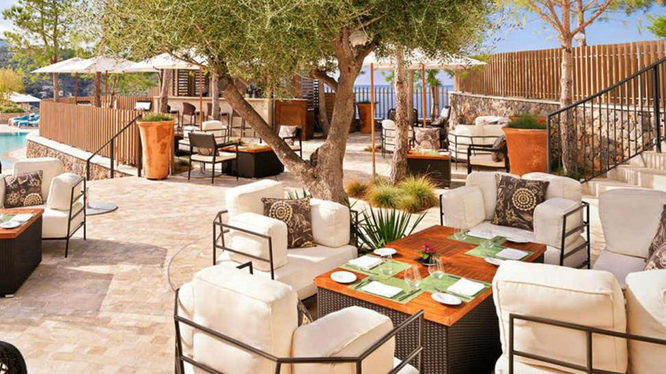 Jumeirah Port Soller Hotel and Spa Sa Talaia Pool Bar