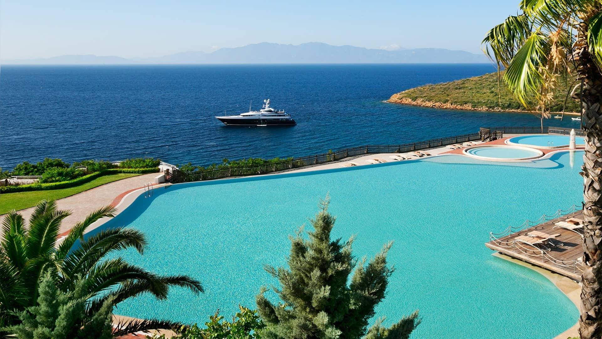 Kempinski Hotel Barbaros Bay Bodrum pool