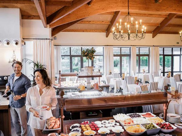 La Bobadilla, A Royal Hideaway Hotel La Bobadilla or Tropic lounge