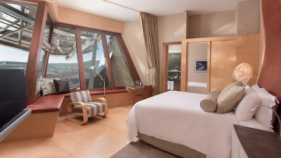 Marques de Riscal, a Luxury Collection Elciego Deluxe Gehry Guest room, 1 King, Winery view, Mountain view, Gehry Building