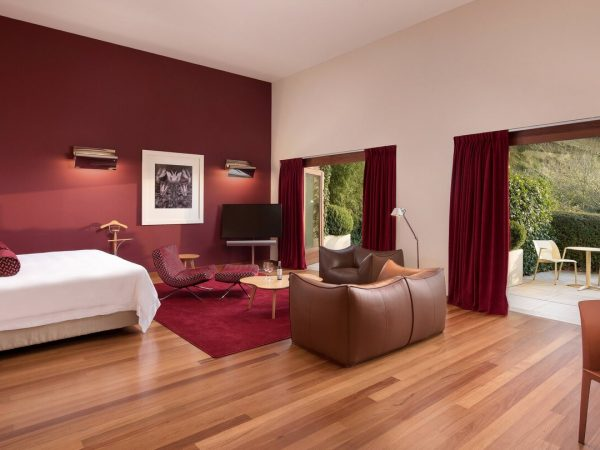 Marques de Riscal, a Luxury Collection Elciego Executive Suite 1 King, Vineyards view, Mountain view, Spa building