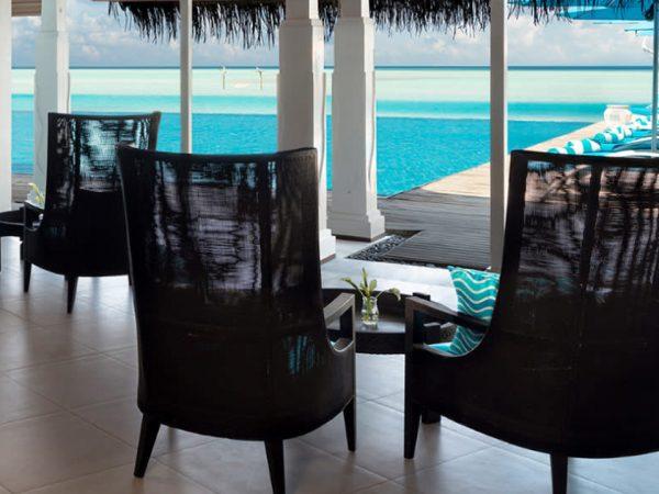 Naladhu Private Island Maldives Aqua Bar