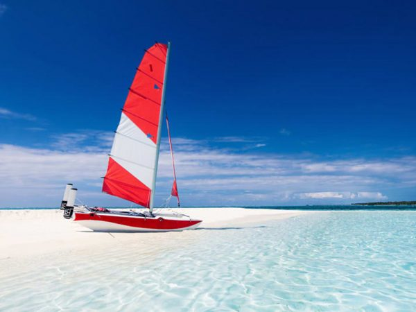 Naladhu Private Island Maldives Sailing