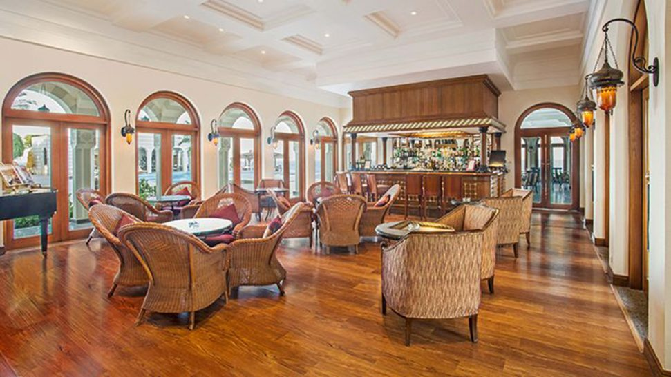 Oberoi Sahl Hasheesh The Bar