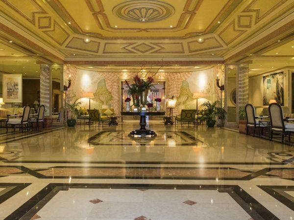 Olissippo Lapa Palace Hotel Lobby
