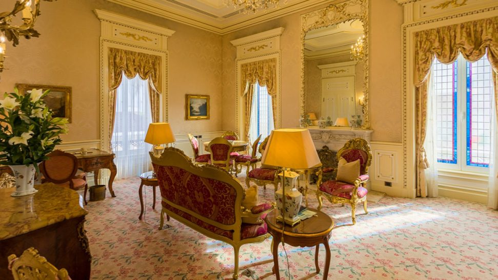 Olissippo Lapa Palace Hotel Royal Suite