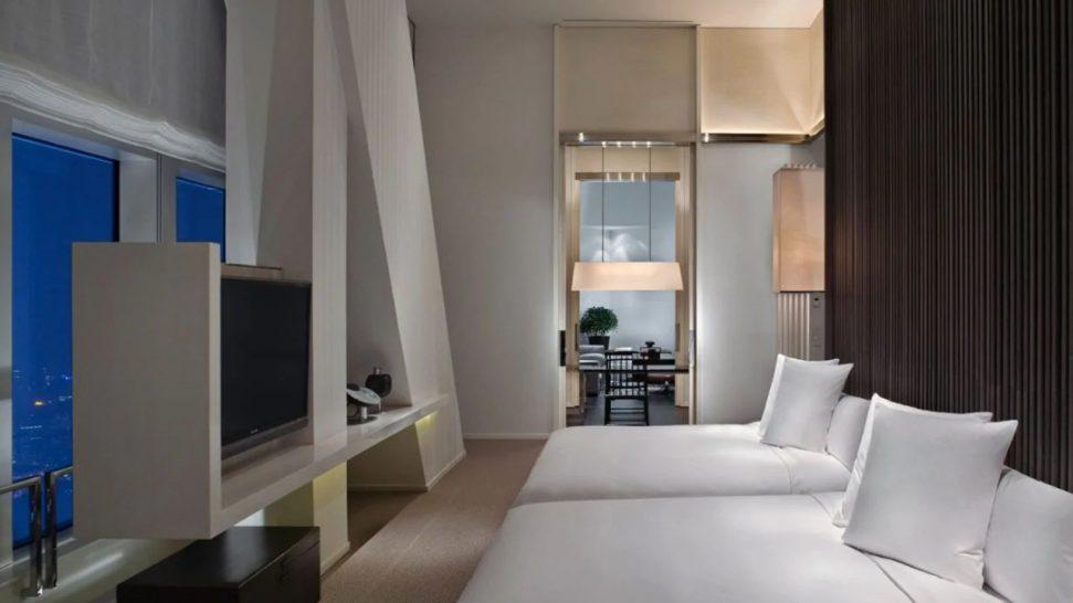 Park Hyatt Shanghai Diplomat Suite