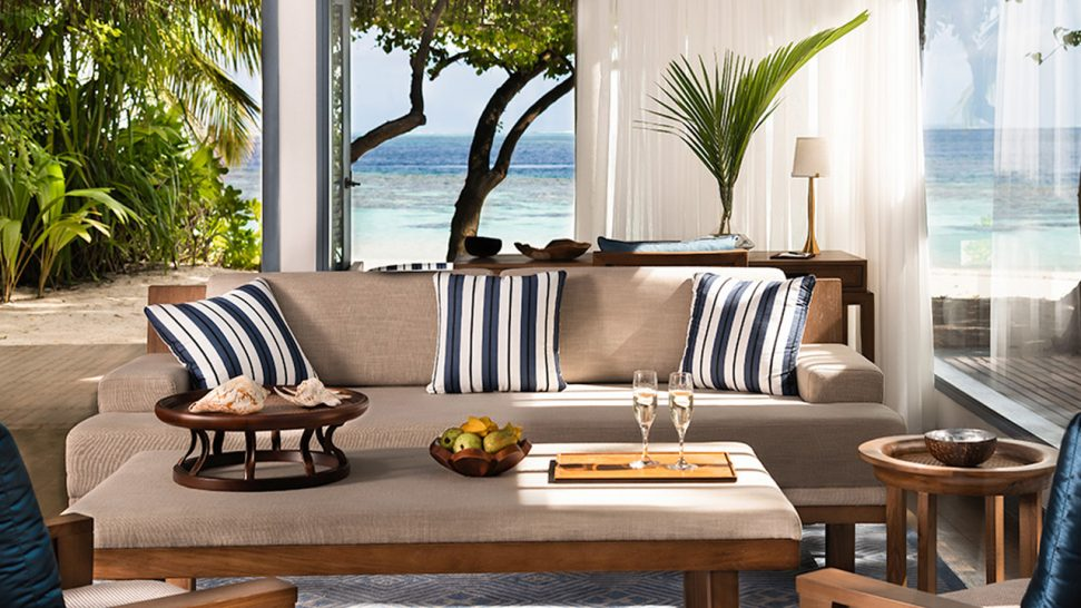 Raffles Maldives Meradhoo Beach Residence
