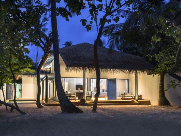 Raffles Maldives Meradhoo Exterior