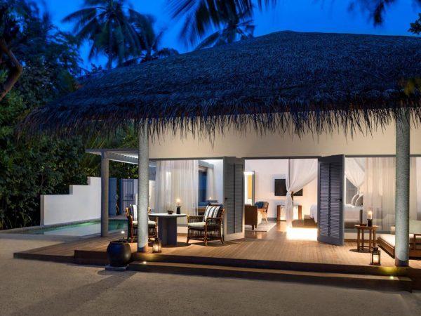 Raffles Maldives Meradhoo Lobby View