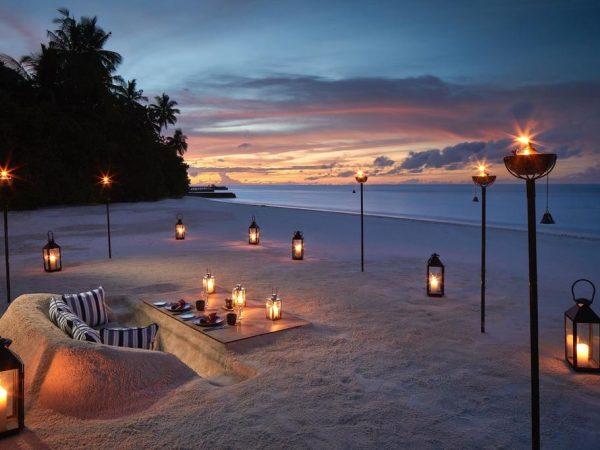Raffles Maldives Meradhoo The Firepit Dining