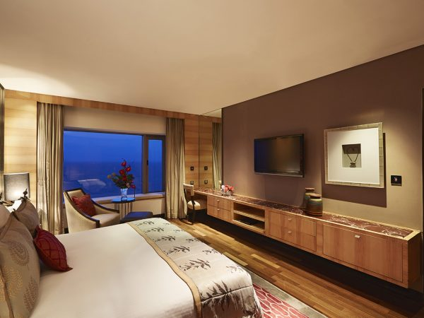 Taj Lands End Mumbai Grand Luxury Suite Sea View