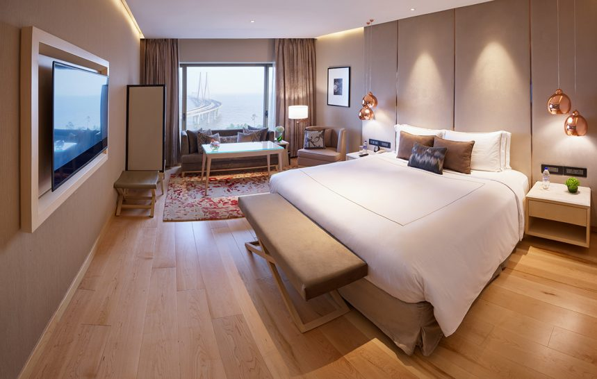 Taj-Lands-End-Mumbai-Luxury-Room