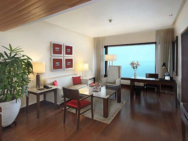 The Oberoi Mumbai Deluxe Suites
