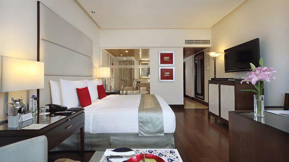 The Oberoi Mumbai Premier Bay View Rooms