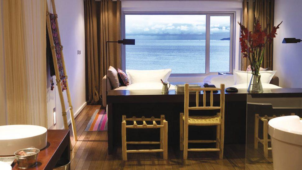 Titilaka Titicaca Lake Dawn Room