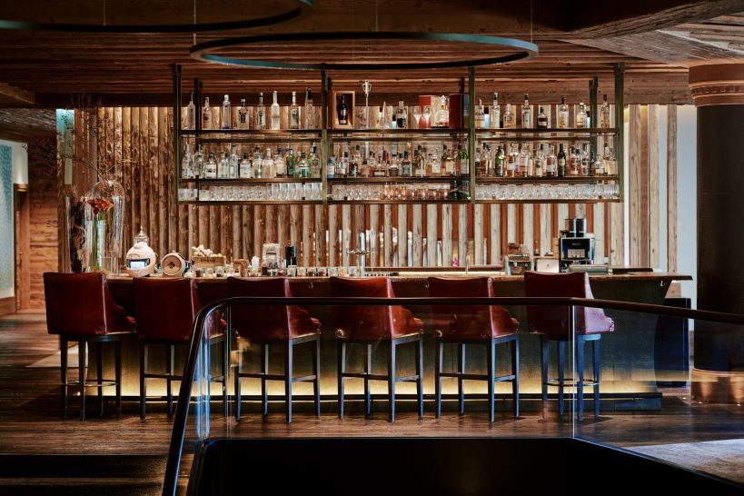 Alpina Gstaad Alpina Lounge & Bar