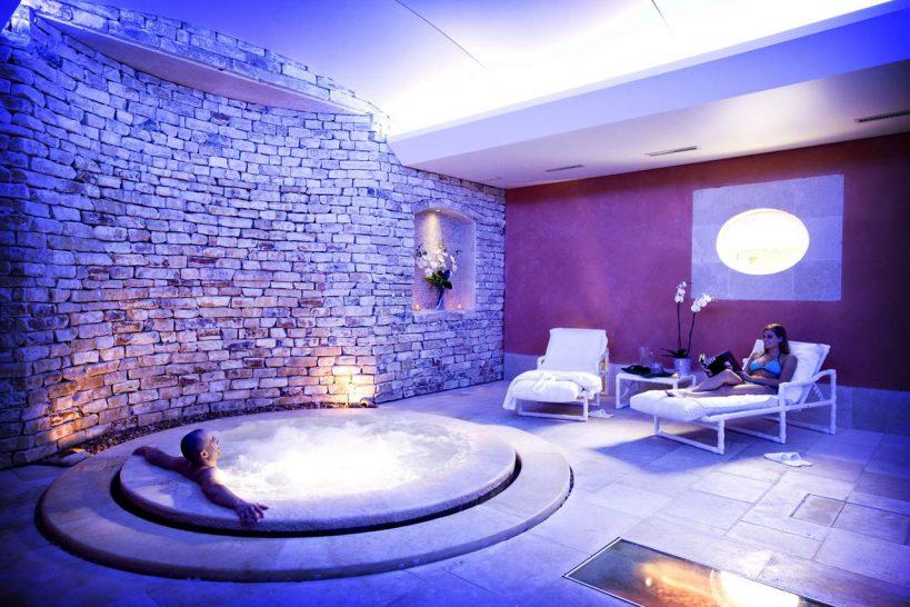 Auberge de Cassagne and Spa Hotel Spa