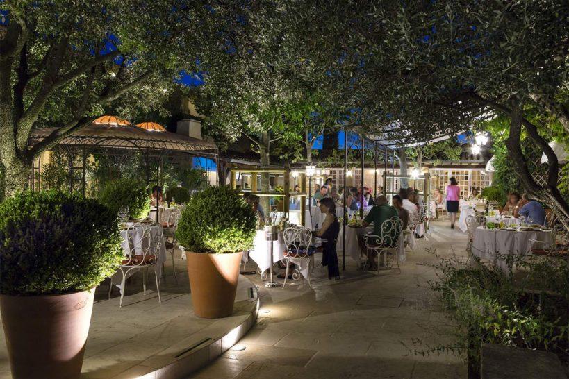 Auberge de Cassagne and Spa Restaurant & wine cellar