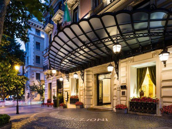 Baglioni Hotel Regina Rome Exterior