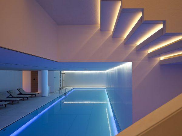 Conservatorium Hotel Pool