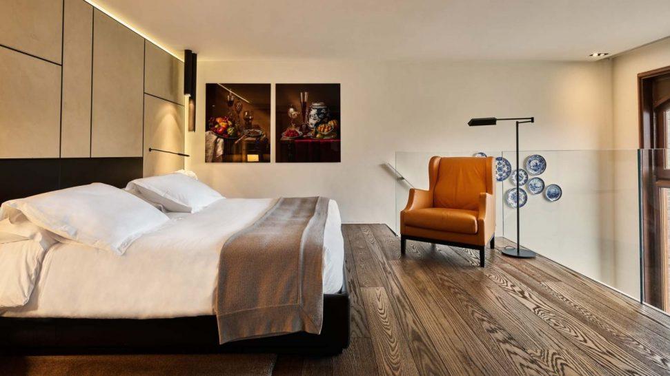 Conservatorium Hotel Royal Duplex Suite