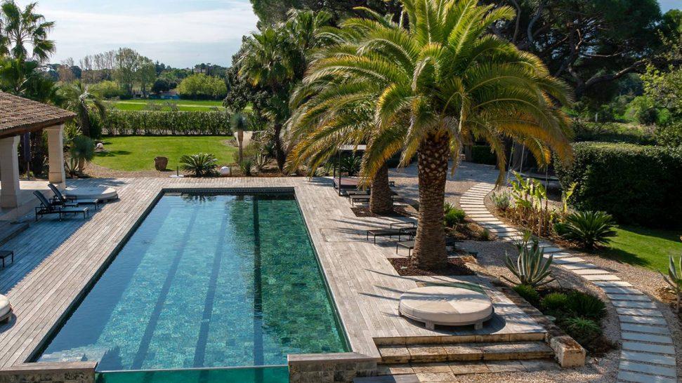 Domaine de Verchant Outdoor Pool