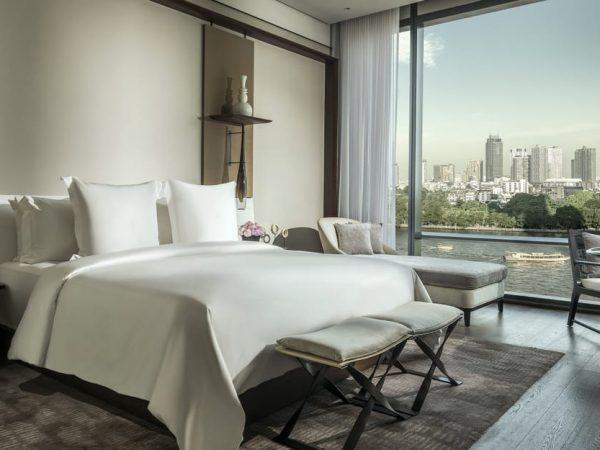 Four Seasons Hotel Bangkok at Chao Phraya River Room