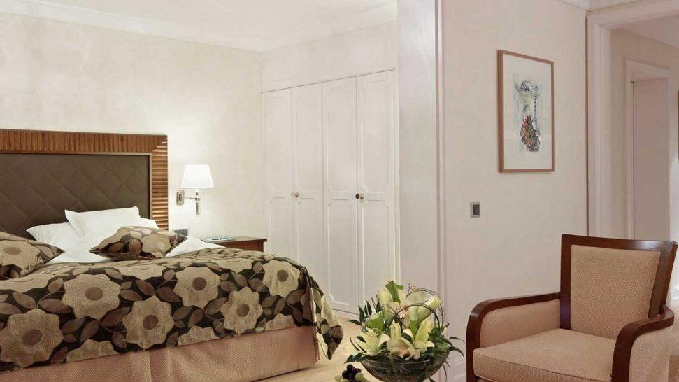 Grand Hotel Kronenhof Deluxe Classic Double Room