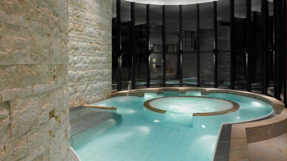 Grand Hotel Kronenhof Inner Pool