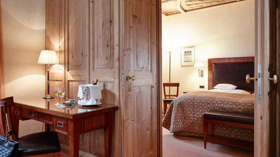 Grand Hotel Kronenhof Segantini Suite