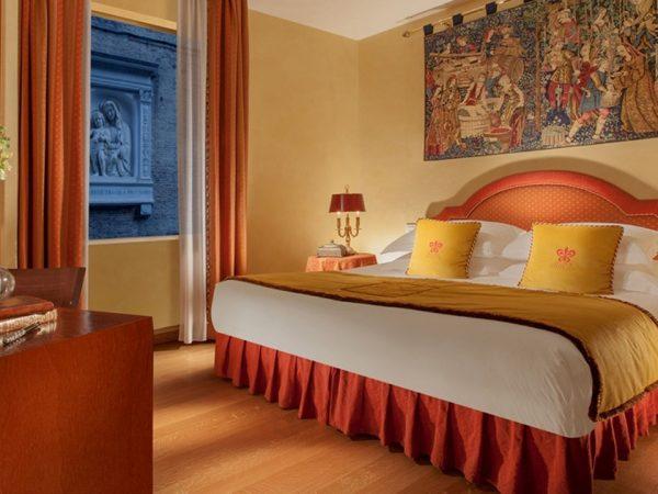 Hotel Raphael Classic Rooms