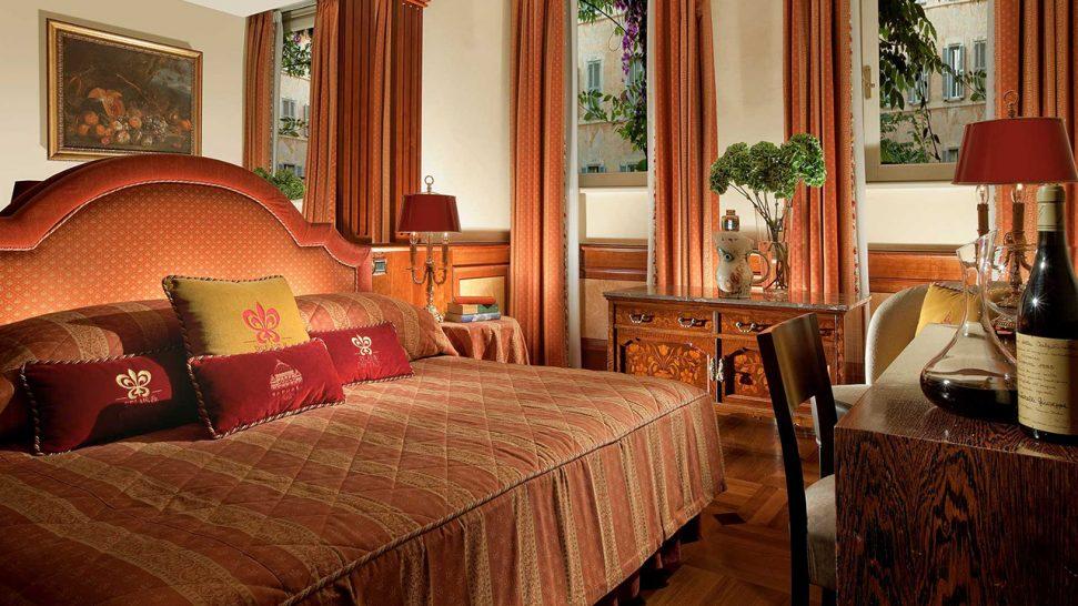 Hotel Raphael Deluxe Rooms