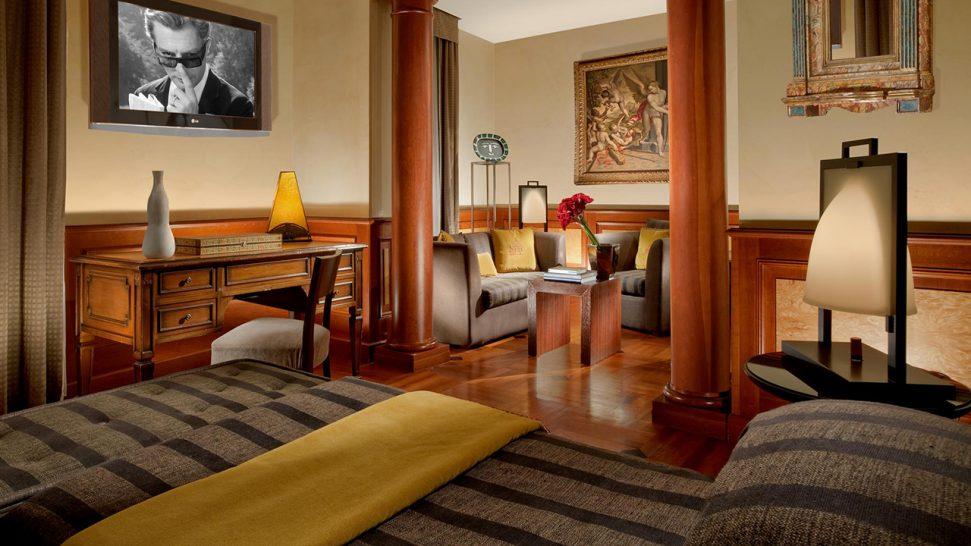 Hotel Raphael Deluxe Suites