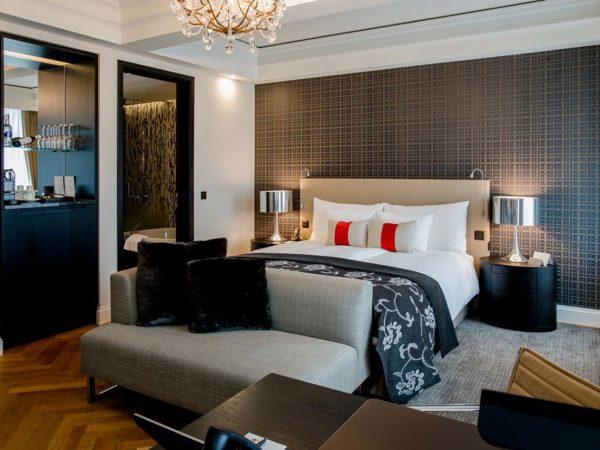 Hotel Schweizerhof Bern and The Spa Luxury Living Studio